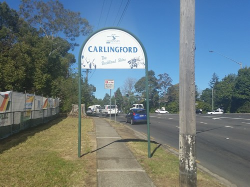 Road sign on Pennant Hills Road